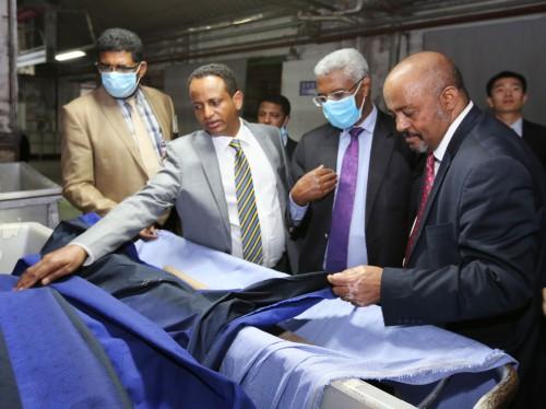 埃塞俄比亚工业部长考察海安纺织企业